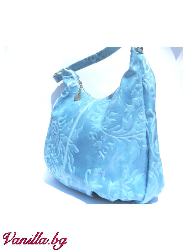 Дамска чанта от релефна естествена кожа — светло синя — Чанти | vanilla.bg