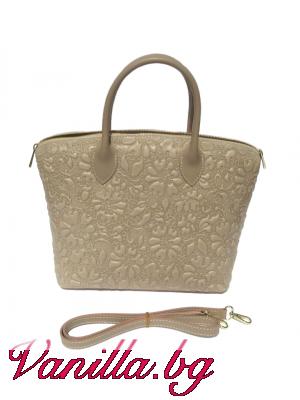 Бежова чанта от естествена кожа
