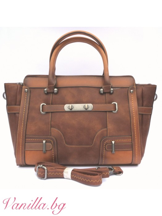 Дамска чанта в ретро стил