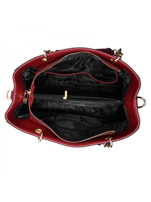 Дамска чанта в цвят бордо