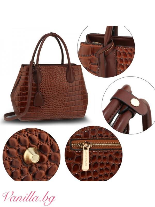 Кафява дамска чанта от имитация на крокодилска кожа
