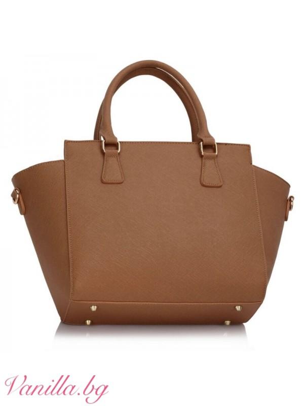 Дамска чанта в светло кафяво