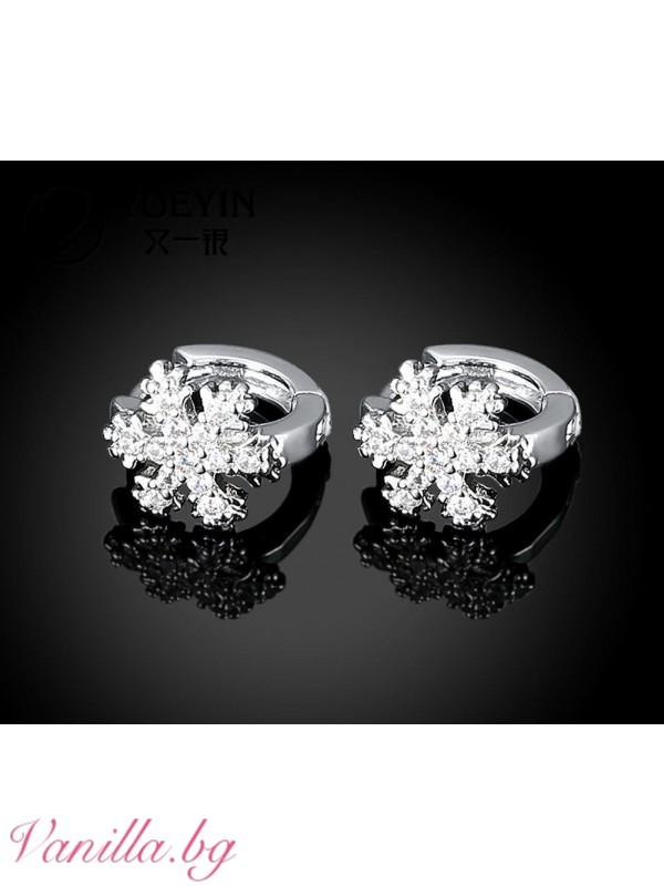 Бижута - Дамски обеци халки във форма на снежинка