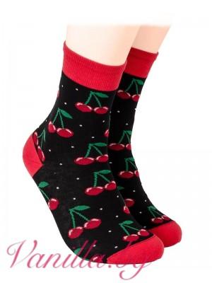 Чорапи със сочни череши