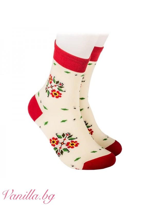 Чорапи с български народни шевици