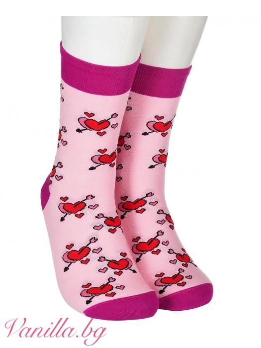 Чорапи със сърца и любовни стрели