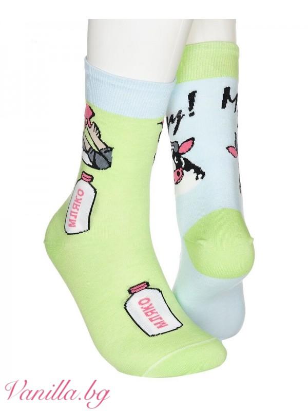 Чорапи с крава и мляко