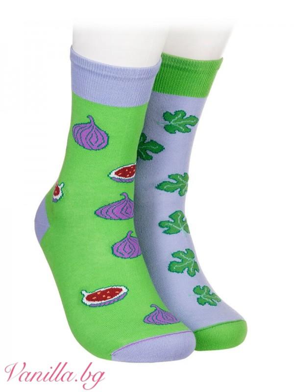 Чорапи със смокини и смокинови листа