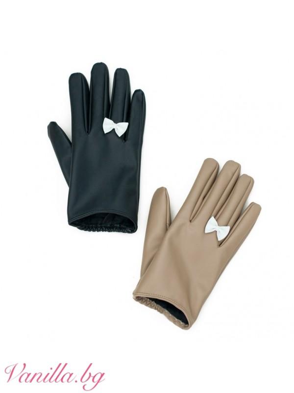 Дамски ръкавици Панделка — черни