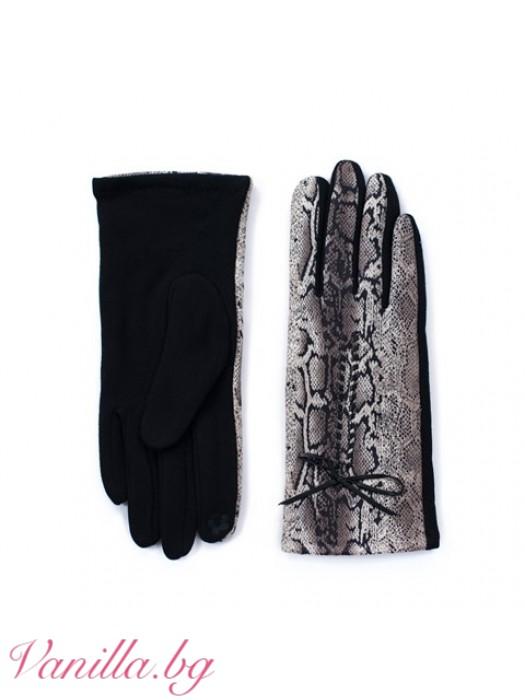 Ръкавици с принт Змийски шарки