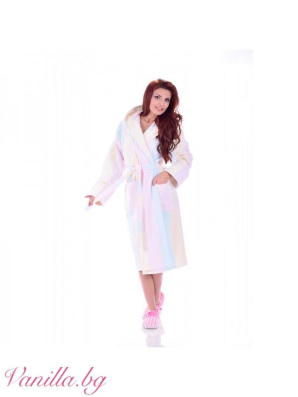 Луксозен дамски халат в пастелни цветове