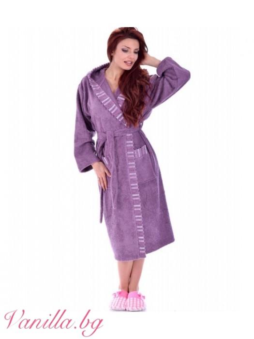 Луксозен дамски халат Вивиен - лилав