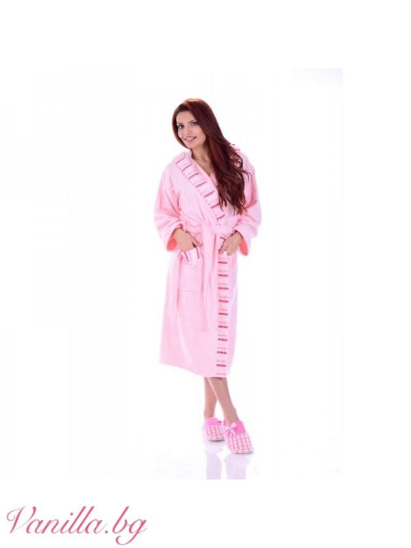 размер на розовия халат: XL