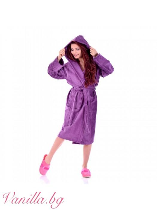 Луксозен дамски халат в лилаво
