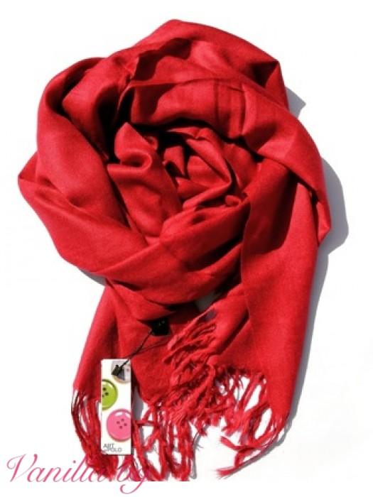 Червен шал с ресни