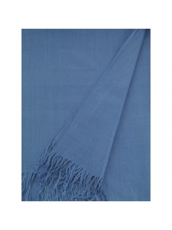 Цвят: светло син