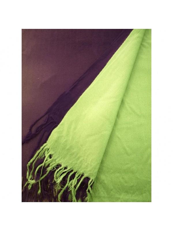 Цвят: преливка лилаво-зелено