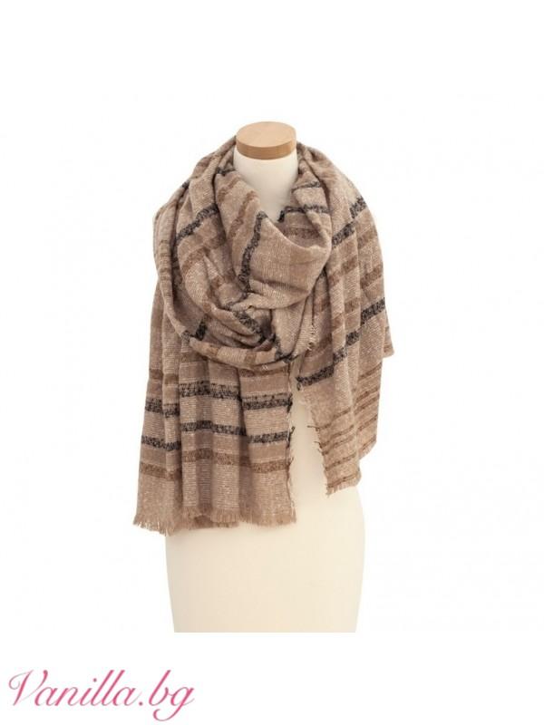 Топъл дамски шал в бежово и кафяво