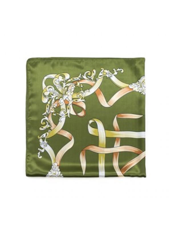Цвят: маслинено зелен
