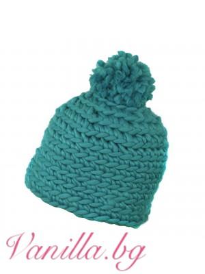 Дамска шапка с помпон - тюркоазено синя