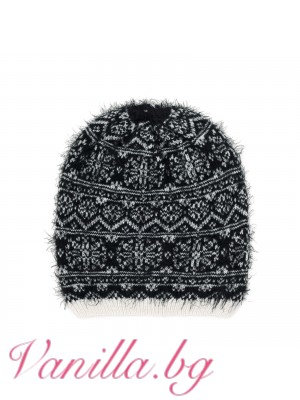 Дамска шапка на снежинки