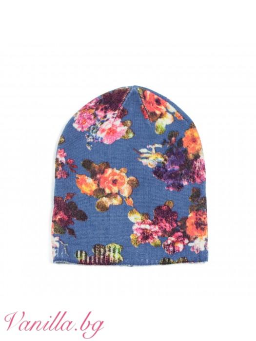 Дамска шапка на цветя